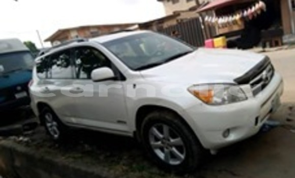 Buy Used Toyota RAV4 White Car in Lagos in Lagos State