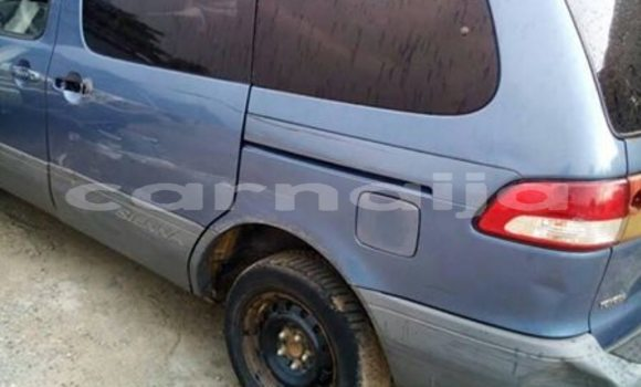 Buy Used Toyota Sienna Blue Car in Lagos in Lagos State