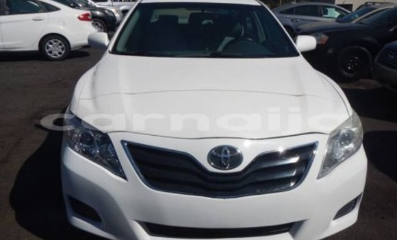 Buy Used Toyota Camry White Car in Gombe in Gombe State