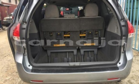 Buy Used Toyota Sienna Other Car in Benin City in Edo