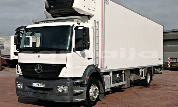 Buy Used Mercedes‒Benz Truck White Truck in Aba in Abia State