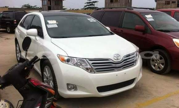 Buy Used Toyota Venza White Car in Badagry in Lagos State