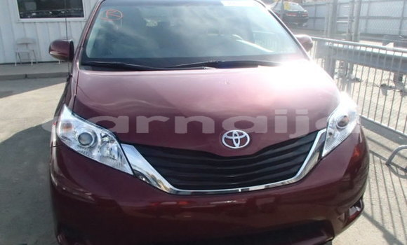 Buy Import Toyota Sienna Red Car in Enugu in Enugu State