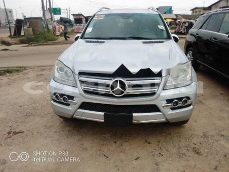 Big with watermark mercedes benz cls%e2%80%93class katsina daura 3591