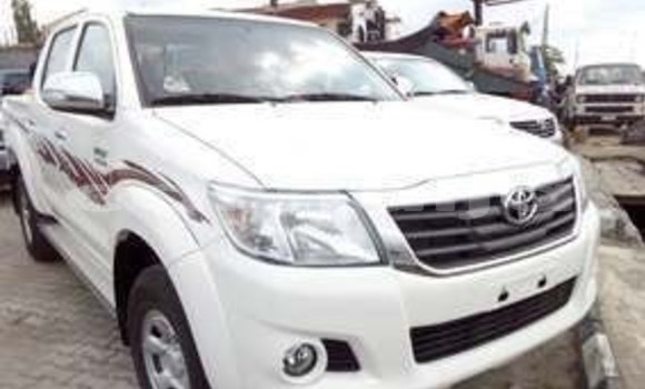 Buy Used Toyota Hilux White Car in Badagry in Lagos State