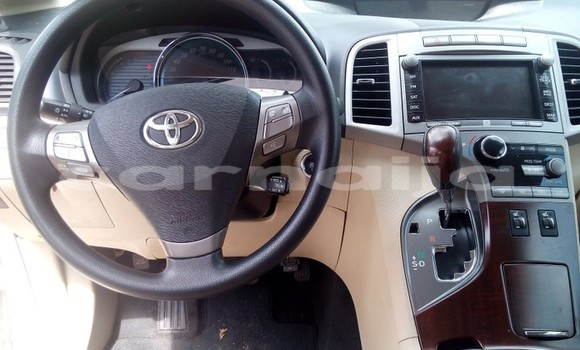 Buy Used Toyota Venza White Car in Apapa in Lagos State