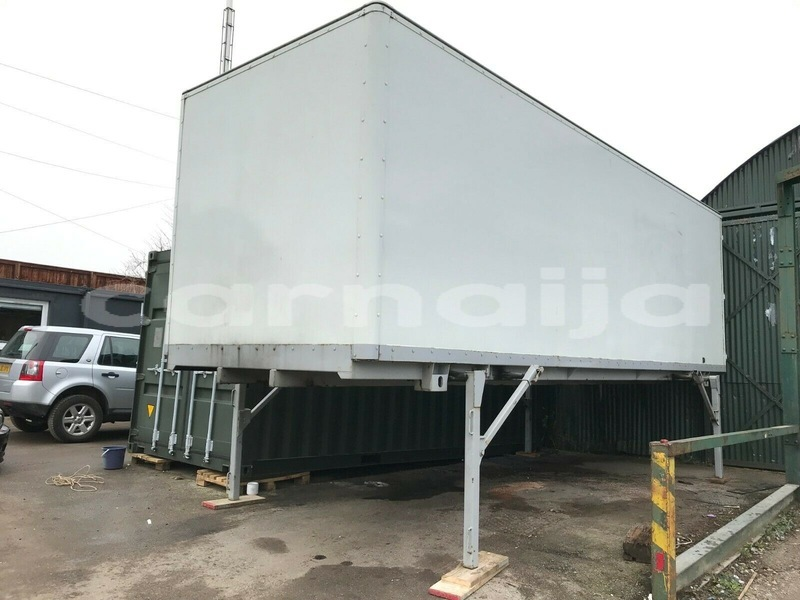 Big with watermark mercedes%e2%80%92benz truck lagos state lagos 3850