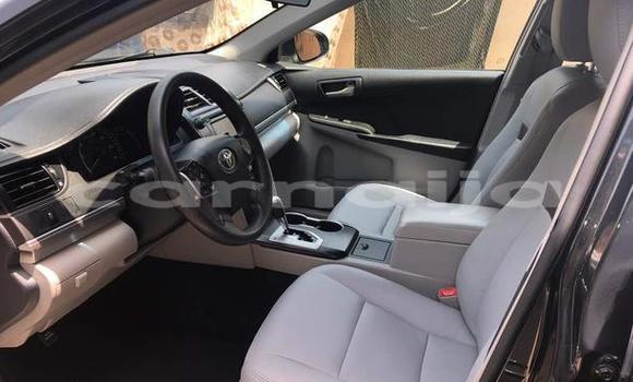 Buy Used Toyota Camry Blue Car in Surulere in Lagos State