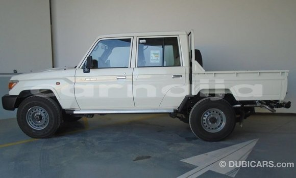 Buy Import Toyota Land Cruiser White Car in Import - Dubai in Abia State