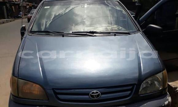 Buy Used Toyota Sienna Blue Car in Surulere in Lagos State