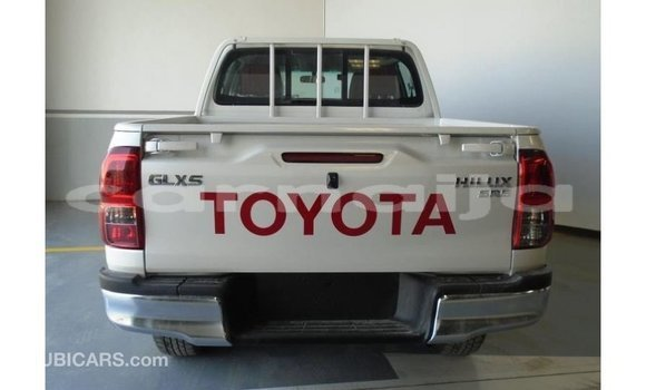 Buy Import Toyota Hilux White Car in Import - Dubai in Abia State