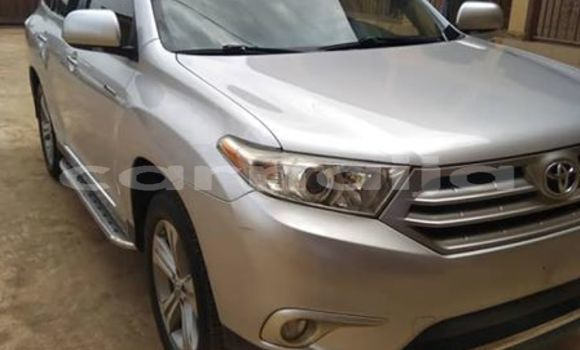 Buy Used Toyota Highlander Silver Car in Abuja in Lagos State